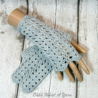 Grey lace ladies crochet gloves, finger less gloves, texting gloves.