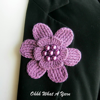 Crochet mauve flower brooch, crochet flower pin, flower brooch
