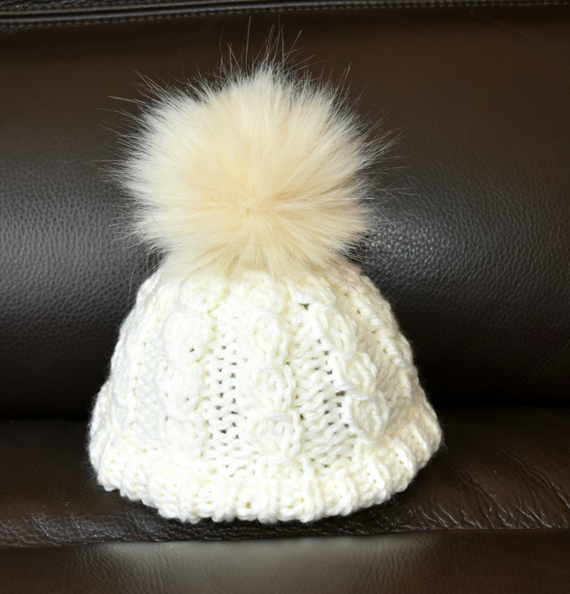 Toddlers Cable Bobble Hat with Faux Fur Pom Pom - Folksy 5dbad665863