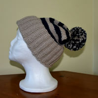 Unisex Beige and Navy Slouchy Bobble Hat