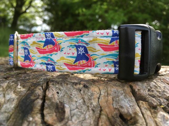 Liberty Boat Print Side Release Collar