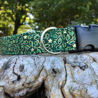 Christmas Holly Side Release Collar - Green