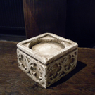BEAUTIFUL GOTHIC STONE EFFECT CANDLE BLOCK HOLDER