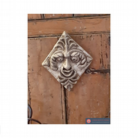 Fabulous mythical green man hanging plaque