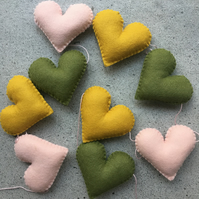 Handmade felt heart garland. Olive, pink & mustard. Nursery - playroom - decor