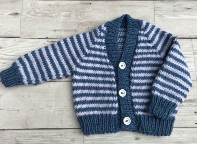 08143972e SALE! Baby cardigan 0-3 month size - Folksy