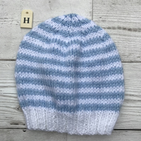 Baby hat 0-3 month size