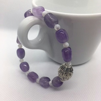 Amethyst & Mother of Pearl beaded bracelet