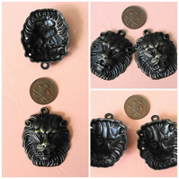 2 x Large Antique Bronze Lions Head Charms