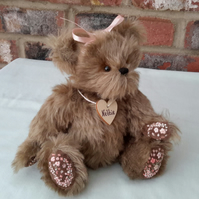 "Artist Bear, Nettie, OOAK Collectable bear, 9"" hand embroidered mohair bear"