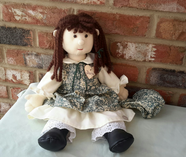 Daisy, Traditional Rag Doll, Handmade Cloth Doll, Fabric doll, Dressed Ragdoll