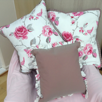 Cushion cover set of three covers