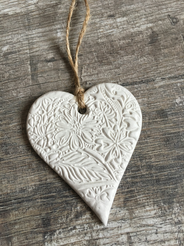 White Floral Hanging Heart Decoration - Mothers Day Gift