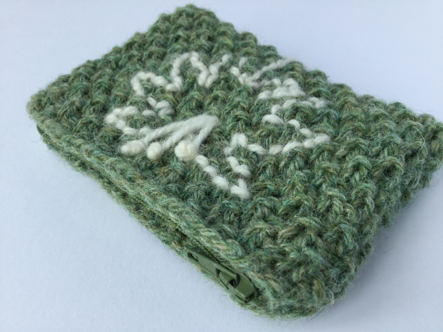 Moss stitch hand knitted woollen purse with zip
