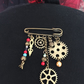 STEAMPUNK BROOCH COGS BEADS