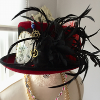 STEAMPUNK RED HAT VELOUR BLACK FEATHERS