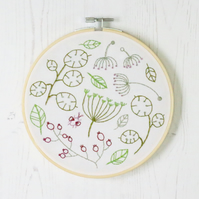 Seedhead Spray Embroidery Kit