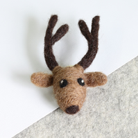 Stag Brooch Needle Felting Kit