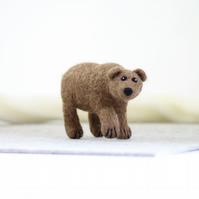 Grizzly Bear Needle Felting Kit