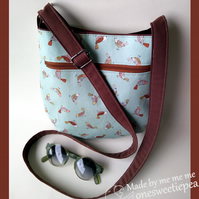 Pretty bird print crossbody bag with adjustable straps
