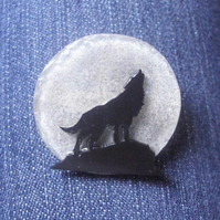 Sparkly Moonlight Wolf Pin Brooch - Howling Wolf - Full Moon - Mystical