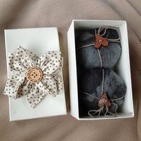 Felted soap -  boxed - handmade - grey - felt fibers.