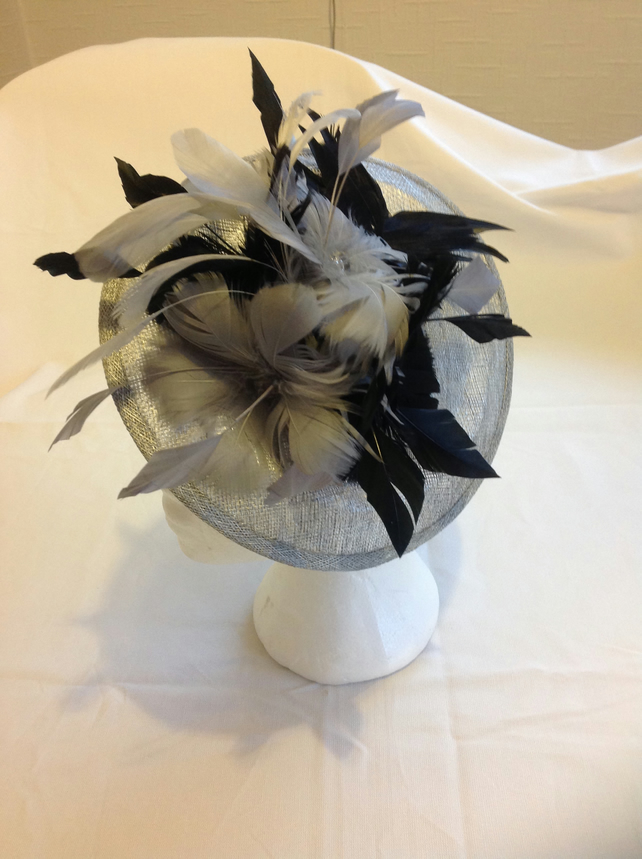 Fascinator, hatinator, grey and black .