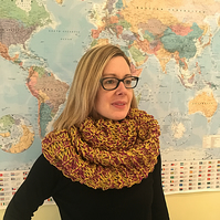 Woman's Hand Knitted Cowl