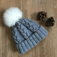 Ladies Aran Cable Hat