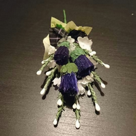 Gents Heather and bristle Thistle Buttonhole