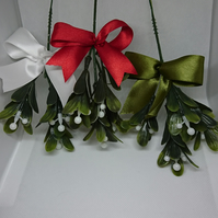 Artificial Mistletoe