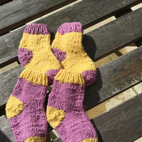 Hand knitted baby socks 0  -  3 months