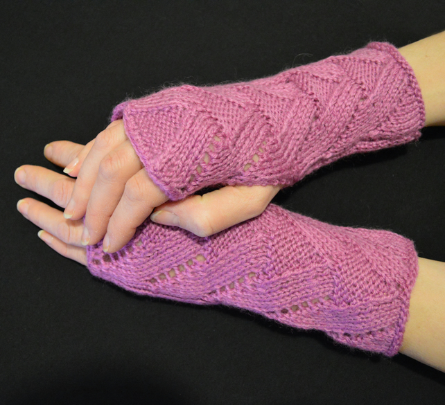 Wool, Acrylic Wrist Warmers Fancy pattern fingerless gloves mittens Pink, Rose