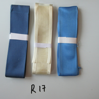 R17 - Lot of 3 Ribbons, Cream & Blues