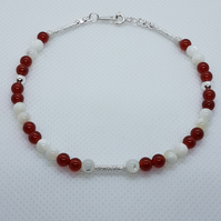 Atlanta - Red carnelian & mother of pearl bracelet.