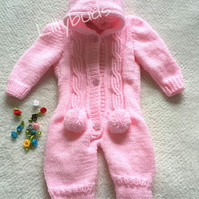 Knitting pattern for baby all in one.Baby sleep suit pattern. Romper