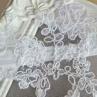 Simple Lace Bridal Garter 'Darcy'