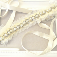 Cream and Ivory Bead and Pearl Bridal Garter 'Fleicity'