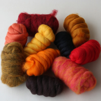 """FIRE"" Wool Pack - 250g of merino and corriedale wool in fiery tones"