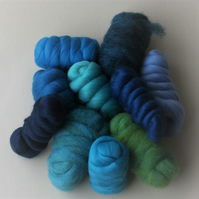 """WATER"" Wool Pack - 250g of merino and corriedale wool in marine colours"