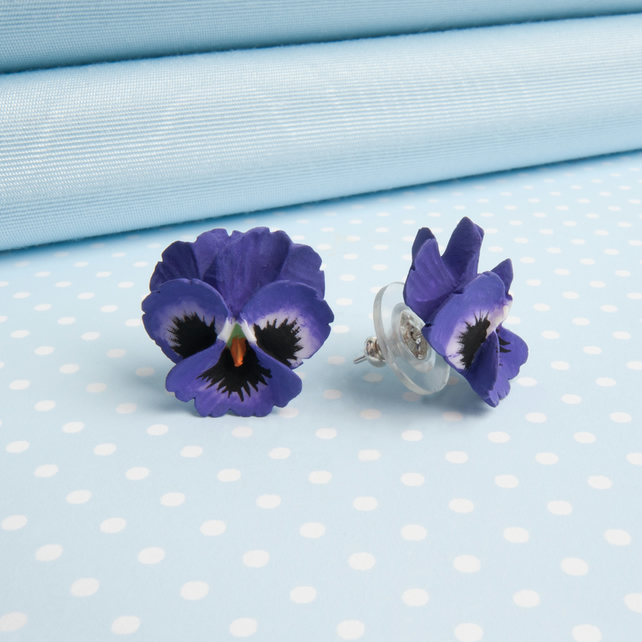 Pansy Flower Stud Earring