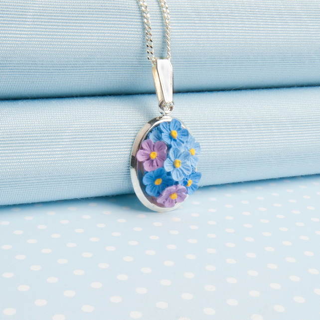 Forget me not Oval Pendant Necklace