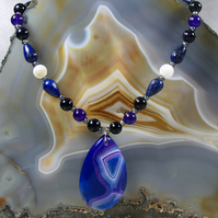 Blue Agate semi-precious gemstone pendant necklace MS512