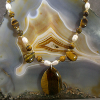 Tigers Eye Gemstone Pendant Necklace, Unique Necklace Design MS544