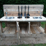 Rustic Kids Mud Kitchen with Oven, Child's Outdoor Messy Sensory Play Garden Toy