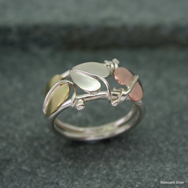 Three leaf ring in sterling silver, copper and brass