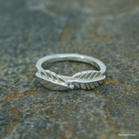 Two leaf ring