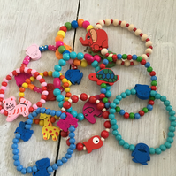 10 wooden bracelets with animal theme