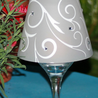Wine glass table lamp centrepiece