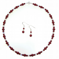 Bordeaux Red Pearl necklace with Swarovski Crystals and Pearls